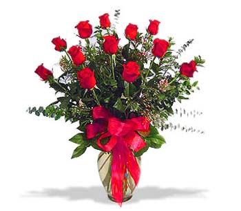 çiçek siparisi 11 adet kirmizi gül cam vazo  Burdur online çiçek gönderme sipariş