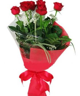 5 adet kırmızı gülden buket  Burdur kaliteli taze ve ucuz çiçekler