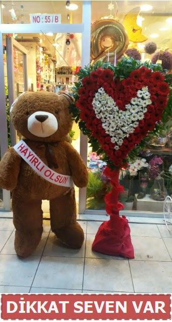 1.5 Metre peluş ayı ve Kalp  Burdur çiçek gönderme sitemiz güvenlidir