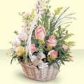 Burdur 14 şubat sevgililer günü çiçek  sepette pembe güller
