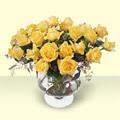 Burdur çiçekçi telefonları  11 adet sari gül cam yada mika vazo içinde