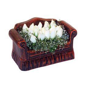 seramik içerisinde 11 gül  Burdur hediye çiçek yolla