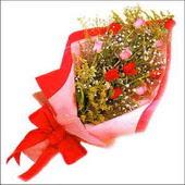 12 adet renkli  gül buketi   Burdur çiçekçi mağazası