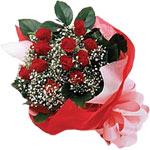 Burdur internetten çiçek satışı  KIRMIZI AMBALAJ BUKETINDE 12 ADET GÜL