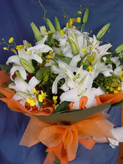 Burdur internetten çiçek satışı  5 ADET KAZABLANKA BUKETI KALITEDEN SASMAYANLARA