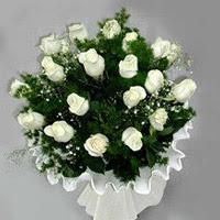 Burdur hediye çiçek yolla  11 adet beyaz gül buketi ve bembeyaz amnbalaj
