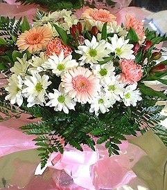Burdur hediye çiçek yolla  karma büyük ve gösterisli mevsim demeti