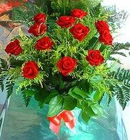 12 adet gül buketi  Burdur anneler günü çiçek yolla