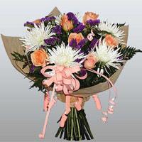 güller ve kir çiçekleri demeti   Burdur çiçekçiler