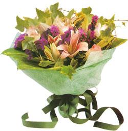 karisik mevsim buketi anneler günü ve sevilenlere  Burdur çiçekçi mağazası