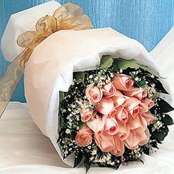 12 adet sonya gül buketi anneler günü için olabilir   Burdur İnternetten çiçek siparişi