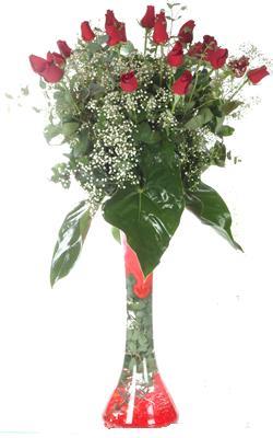 Burdur uluslararası çiçek gönderme  19 ADET GÜL VE FIL CAM AYAGI