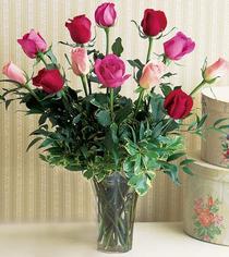 Burdur çiçek mağazası , çiçekçi adresleri  12 adet karisik renkte gül cam yada mika vazoda