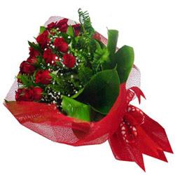 Burdur kaliteli taze ve ucuz çiçekler  12 adet kirmizi essiz gül buketi - SEVENE ÖZEL