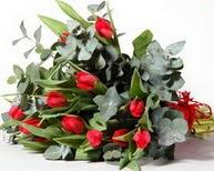 Burdur çiçek satışı  11 adet kirmizi gül buketi özel günler için