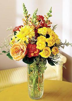 Burdur 14 şubat sevgililer günü çiçek  mika yada cam içerisinde karisik mevsim çiçekleri