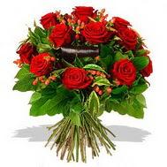 9 adet kirmizi gül ve kir çiçekleri  Burdur internetten çiçek satışı