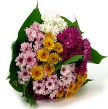 Burdur çiçekçi telefonları  Karisik kir çiçekleri demeti herkeze
