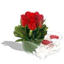 Mika kalp içerisinde 9 adet kirmizi gül  Burdur çiçek servisi , çiçekçi adresleri