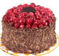 çikolatali franbuazli yas pasta 4 ila 6  Burdur çiçek gönderme