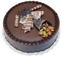 Çikolatali yas pasta 4 ile 6 kisilik  leziz  Burdur çiçek mağazası , çiçekçi adresleri