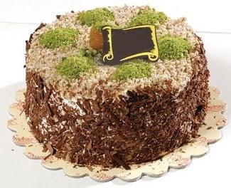 pasta gönderme 4 ile 6 kisilik çikolatali yas pasta  Burdur çiçek satışı
