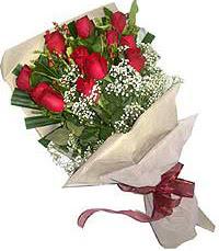 11 adet kirmizi güllerden özel buket  Burdur internetten çiçek siparişi