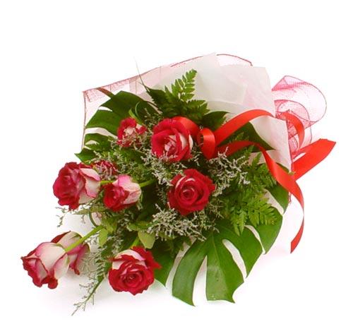 çiçek gönder 7 adet kirmizi gül buketi  Burdur kaliteli taze ve ucuz çiçekler