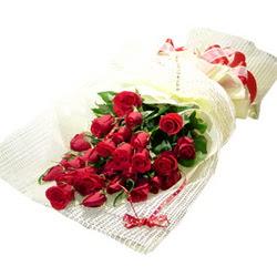Çiçek gönderme 13 adet kirmizi gül buketi  Burdur çiçek satışı