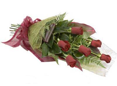 ucuz çiçek siparisi 6 adet kirmizi gül buket  Burdur çiçek siparişi sitesi