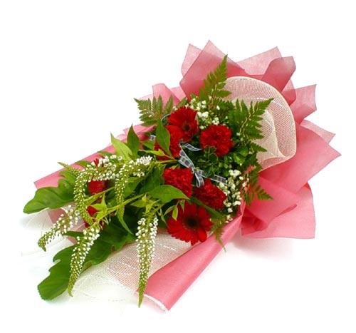 Karisik çiçek buketi mevsim buket  Burdur çiçek siparişi sitesi