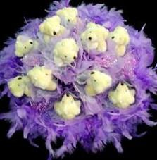 11 adet pelus ayicik buketi  Burdur çiçek , çiçekçi , çiçekçilik