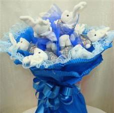 7 adet pelus ayicik buketi  Burdur çiçek , çiçekçi , çiçekçilik