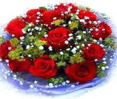 9 adet kirmizi güllerden buket  Burdur çiçekçi telefonları
