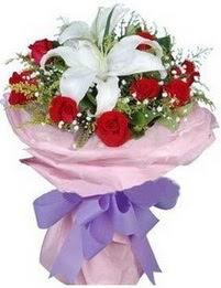 9 adet kirmizi gül 1 adet kazablanka buketi  Burdur çiçekçi mağazası