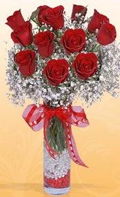 10 adet kirmizi gülden vazo tanzimi  Burdur çiçek siparişi sitesi