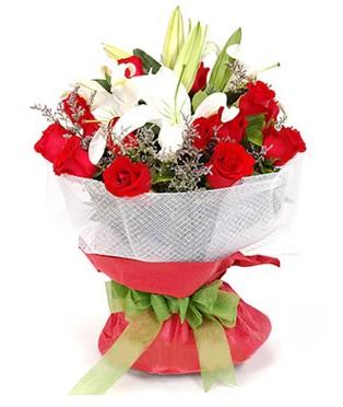 Burdur hediye çiçek yolla  1 dal kazablanka 11 adet kırmızı gül buketi