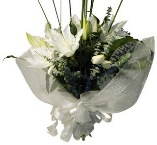 Burdur çiçekçi mağazası  2 dal kazablanka çiçek buketi
