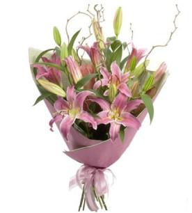 Burdur İnternetten çiçek siparişi  3 dal cazablanca buket çiçeği