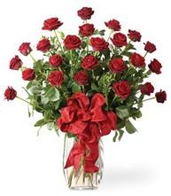 Sevgilime sıradışı hediye güller 24 gül  Burdur 14 şubat sevgililer günü çiçek