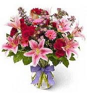 Vazo içerisinde karışık mevsim çiçeği  Burdur çiçek siparişi sitesi