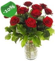 11 adet vazo içerisinde kırmızı gül  Burdur online çiçek gönderme sipariş