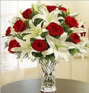 12 adet kırmızı gül 2 dal kazablanka vazosu  Burdur çiçek satışı