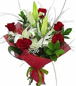 1 dal kazablanka 5 kırmızı gül buketi  Burdur kaliteli taze ve ucuz çiçekler