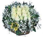 Burdur çiçekçiler  Beyaz harika bir gül sepeti