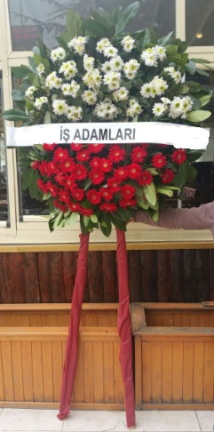 Cenaze çiçeği cenaze çiçek modelleri  Burdur çiçek yolla