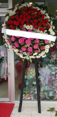 Cenaze çiçek modeli  Burdur internetten çiçek siparişi