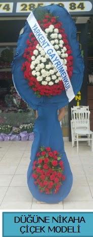 Düğüne nikaha çiçek modeli  Burdur çiçek satışı