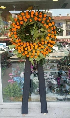 Cenaze çiçeği cenaze çelengi çiçek modeli  Burdur çiçek gönderme