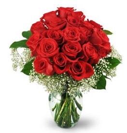 25 adet kırmızı gül cam vazoda  Burdur çiçek , çiçekçi , çiçekçilik